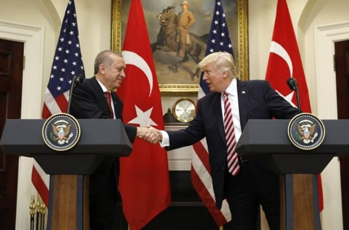 US and Turkish leaders put best face on ties amid tensions