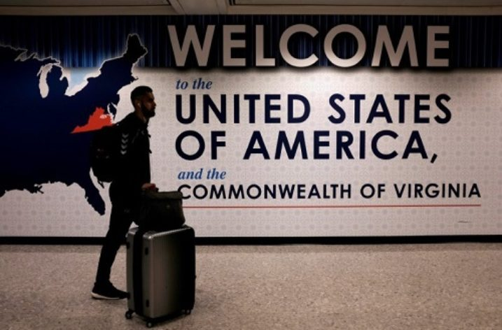 Widespread uncertainty as U.S. travel ban start looms