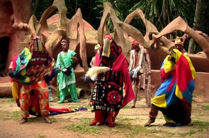 Women, Yoruba Festival Drama and the Theatrical