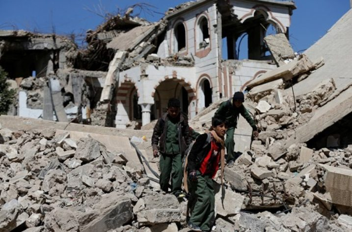 New offensive in Yemen displaces tens of thousands of civilians